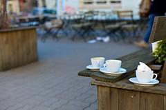 coffee-time's over (Winfried Veil) Tags: leica white berlin cup tasse coffee caf bar club germany deutschland 50mm cafe pub dof veil bokeh kaffee rangefinder spoon depthoffield cups summilux 103 lffel winfried kneipe tassen prenzlauerberg m9 kastanienallee untertasse weis 2011 unschrfe zionskirchplatz messsucher mobilew zionskirchstrase leicam9 winfriedveil