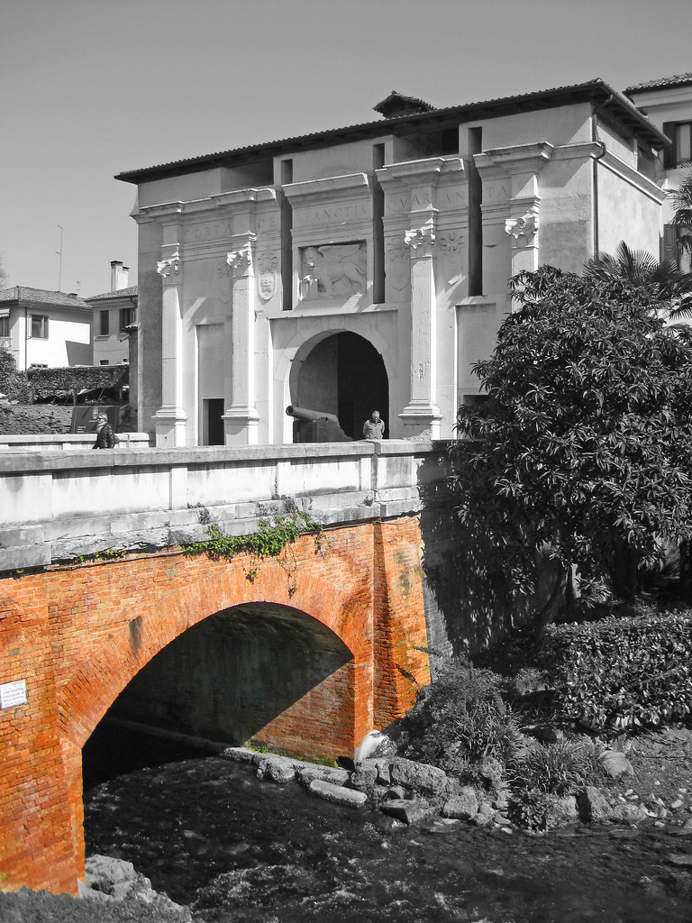 The world 39 s best photos of italien and italija flickr - Porta carlo alberto treviso ...