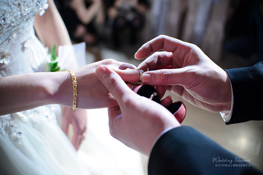 5587985665_365e5f3dd5_o-法鬥影像工作室_婚攝, 婚禮攝影, 婚禮紀錄, 婚紗攝影, 自助婚紗, 婚攝推薦, 攝影棚出租, 攝影棚租借, 孕婦禮服出租, 孕婦禮服租借, CEO專業形象照, 形像照, 型像照, 型象照. 形象照團拍, 全家福, 全家福團拍, 招團, 揪團拍, 親子寫真, 家庭寫真, 抓周, 抓周團拍