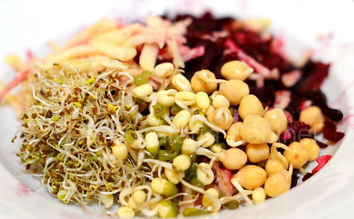 Salata de sfecla si germeni