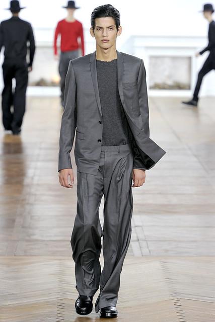 FW11_Paris_Dior Homme038(VOGUEcom)