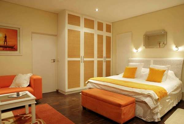 orange-bedroom-decor