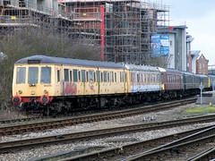 Scrapline (R~P~M) Tags: uk greatbritain england train unitedkingdom buckinghamshire railway 121 aylesbury bucks 122 bubblecar dmu chilternrailways dbregio