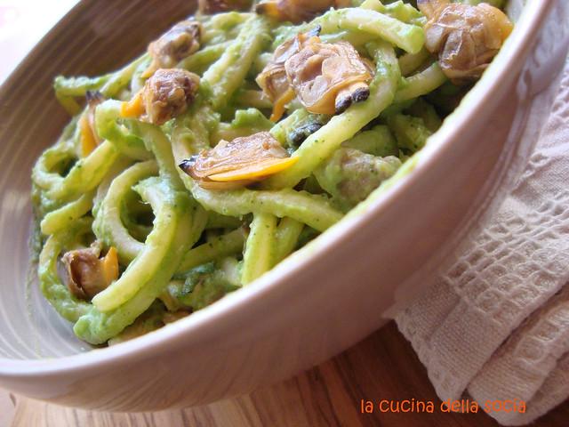 chitarrine crema di broccoli e vongole