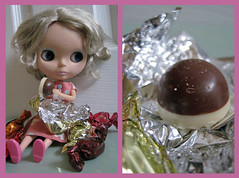 04/52 Chocolate (sozzielou) Tags: pink blue light orange brown face silver gold eyes diptych doll moments chocolate thorntons audrey hollywood blonde sweets sweeties ash blythe takara wrapper matte whitechocolate milkchocolate bl 2011 0452 dollydiptychweekly