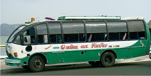 ecuador-bus