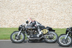 Manx Norton 500cc 1961 - Jeremy McWilliams - Barry Sheene Memorial Trophy (f1jherbert) Tags: england nikon memorial westsussex britain meeting norton barry motorcycle trophy motorbikes goodwood 1961 manx motorsport 2007 motorcycling revival 500cc goodwoodrevival sheene d80 nikond80 goodwoodmotorcircuit revivalmeeting d80nikon vintagemotorbikes motorcircuit goodwoodrevivalmeeting revival2007 goodwood2007 classicmotorbikes goodwoodrevival2007 barrysheenememorialtrophy goodwoodrevivalmeeting2007 goodwoodengland jeremymcwilliams manxnorton goodwoodmotorsport goodwoodwestsussex chichesterwestsussex revivalmeeting2007 manxnorton500cc1961barrysheenememorialtrophy manxnorton500cc1961