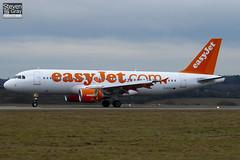 G-EZTU - 4233 - EasyJet - Airbus A320-214 - Luton - 110111 - Steven Gray - IMG_7824