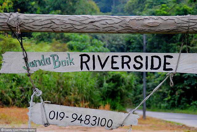 Riverside00
