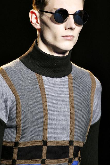 Aiden Andrews3092_FW11_Milan_Versace(VOGUEcom)