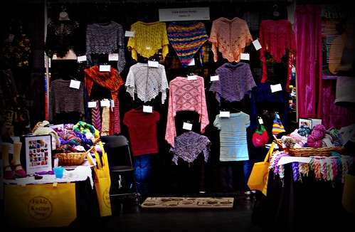The 2011 Fickle Knitter Design booth at Stitches West