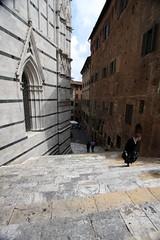 Tuscan stairs (Guido Havelaar) Tags: italien italy italia tuscany toscane 意大利 bellaitalia италия italiantourism italiaturismo turismoitaliano