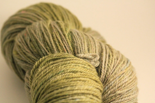 Green Bean navajo 3ply yarn