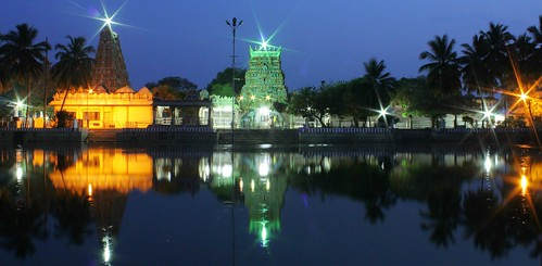 Pillayarpatti at night : Pond and temple - panoromic view by naga-s
