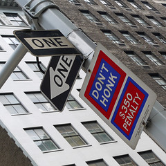 don't honk (rajarajaraja) Tags: usa signs newyork manhattan oneway donthonk 350penalty