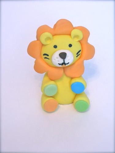Fondant baby lion
