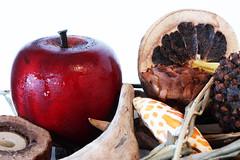 "La mela (Diego""Gemelli"") Tags: decorations color apple fruit colore manzana frutta mela composizione"