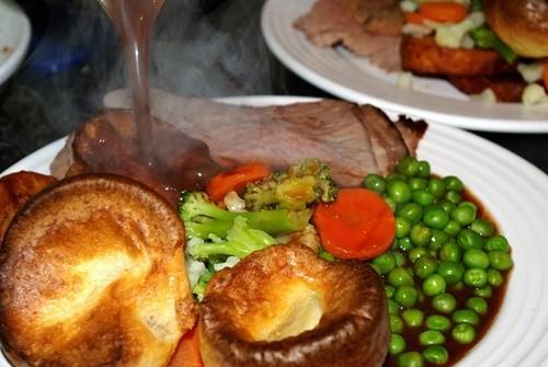 Roast beef a punto de ser servido