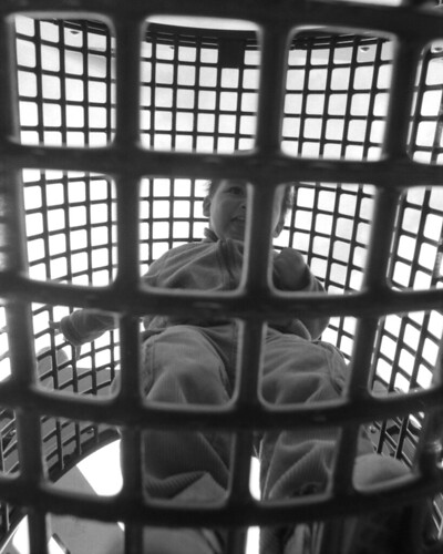 cage boy