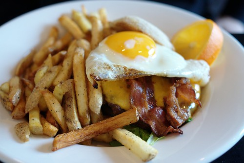Brunch Burger @ Holy Grill