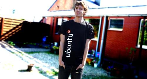 Ubuntu-be Tshirt