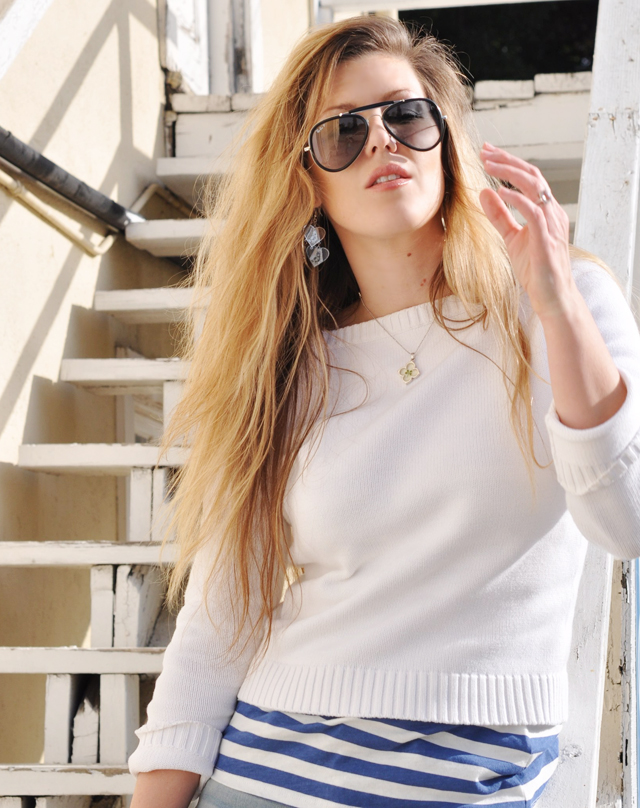 messy hair, long hair, tangled hair, aviator sunglasses, heart earrings, clover necklace, DSC_0224