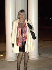 Laurette Victoria (Laurette Victoria) Tags: wisconsin scarf coat milwaukee lbd laurette laurettevictoria lakeparkbistro