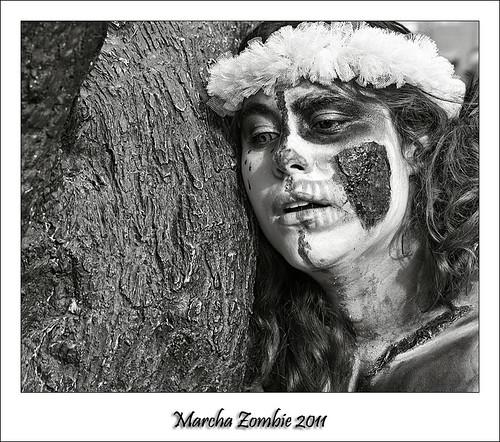 Marcha Zombie 13