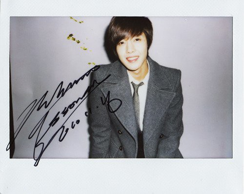 Kim Hyun Joong Highcut Polaroid Signed Photos 8