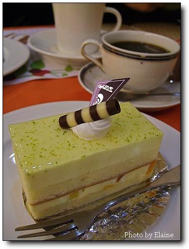 檸檬優格蛋糕配藍山咖啡