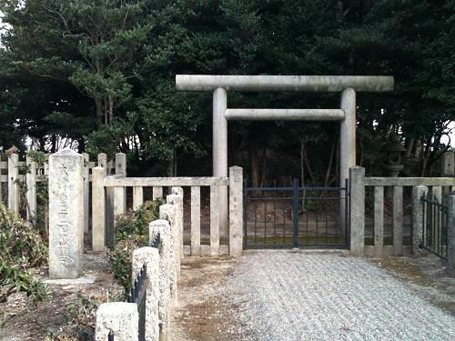 大津皇子のお墓参りに『二上山』へ登ってきました