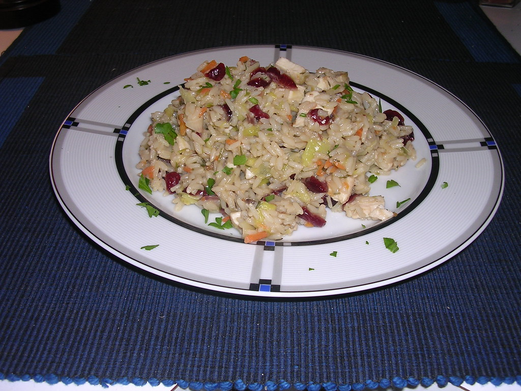 Rice Bowl with Chicken, Leeks and Dried Cranberries