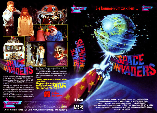 Killer Clowns From Outer Space (VHS Box Art)