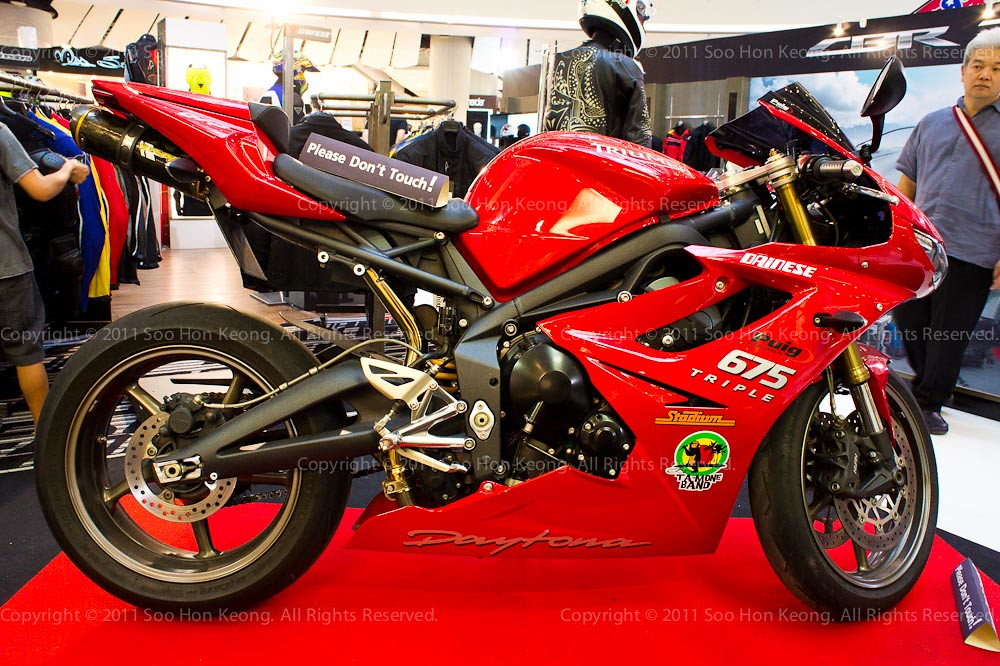 Triumph @ Bangkok Motorbike Festival 2011, Thailand
