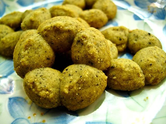 IMG_0494  Black Sesame cookies , 黑芝麻饼