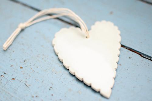 Krystal Speck ceramic heart
