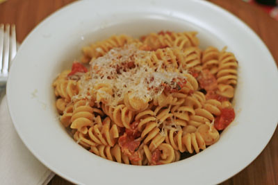 Tomato, Bacon and Cream Pasta