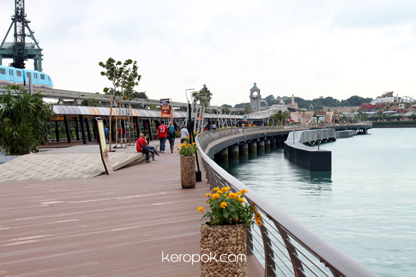 Sentosa Boardwalk