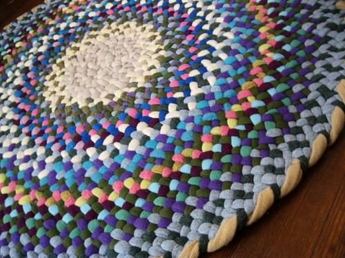 Spring Round Rug from recycled wools