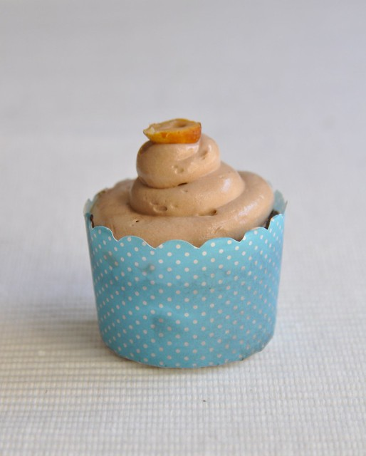 "... pleases us"" » Blog Archive » Flourless chocolate hazelnut cupcakes"