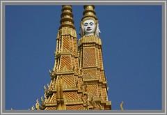 Phnom Penh - Kaiserpalast (pharoahsax) Tags: world get colors canon cambodge cambodia kambodscha phnom penh kaiserpalast 2011 40d canon40d pmbv pmbvw worldgetcolors