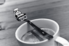 57/365 a relaxing weekend at all (photography.andreas) Tags: portrait blackandwhite bw macro canon germany deutschland photography blackwhite starwars lego minifig saarland stormtropper project365 eos40d canoneos40d canonefs1855mmf3556is urweiler