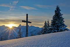 Sonnenuntergang in den Bergen (Johannes Netzer) Tags: schnee winter mountain mountains alps berg sterreich sonnenuntergang montafon verschneit berge bergen alpen landschaft gebirge vorarlberg mittelgebirge hochgebirge
