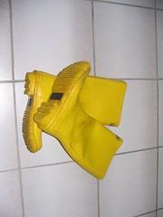Gelbe  Lakeland-Gummistiefel (Schlingelliene) Tags: wellies rubberboots gummistiefel