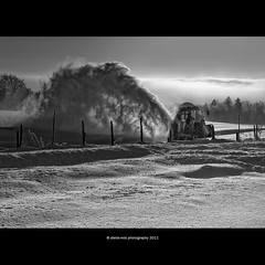 snow pusher (stella-mia) Tags: winter snow norway lumix panasonic pancake 20mm highlight sn morningsun gf1 snowpusher dmcgf1 veslelien