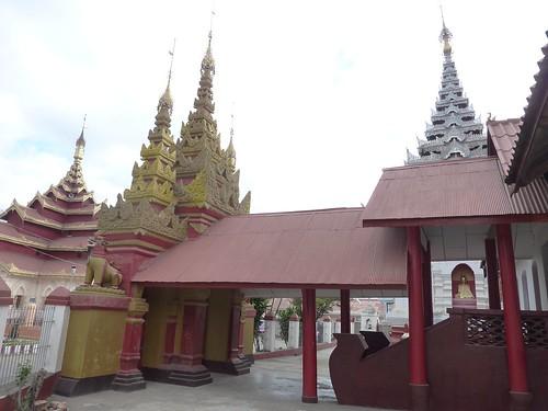 Kengtung-Temples-Wat Maha Myat Muni (8)
