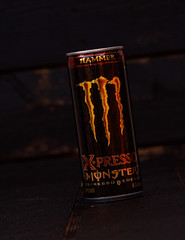 Monster X-presso (Foto-Mike) Tags: wood 2 cactus brown monster canon studio photography eos aluminum cowboy energy warm drink head tripod can wireless product expresso softbox 580ex strobe manfrotto v4 strobes speedlite 50d triggers strobist 055xprob 808rc4