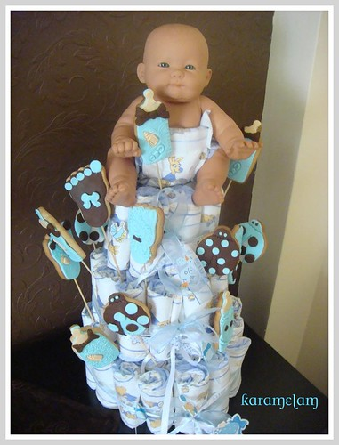 baby boy diaper cake by guzinhakan