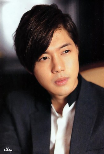 Kim Hyun Joong AERA Japanese Magazine [21.03.11]
