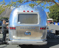 Airstream Land Yacht Travel Trailer - 1973 (MR38) Tags: travel tin yacht can tourist moderne land trailer rv airstream camper motorhome 1973